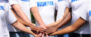 volunteer-people-3-940